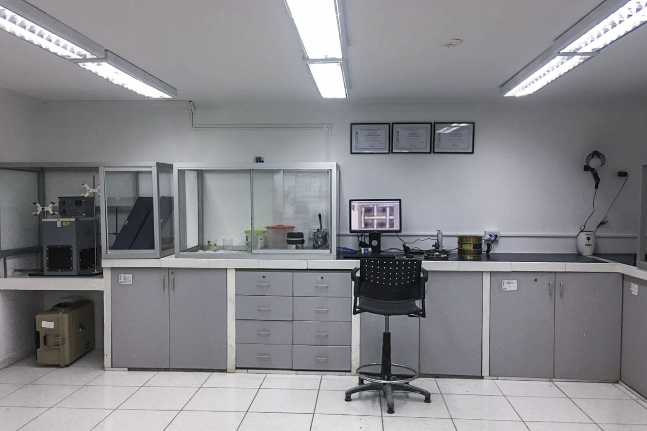INACAL acredita primer Laboratorio de Calibración en empresa concretera